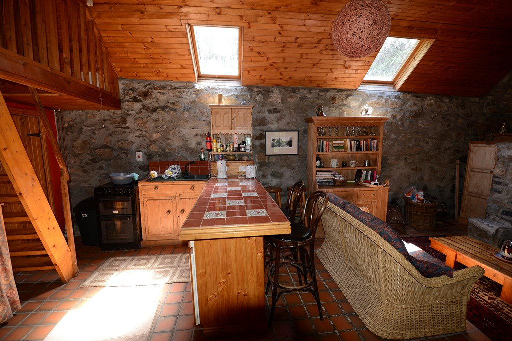 These Pictures Show You Watts Cottage Inside And Outside